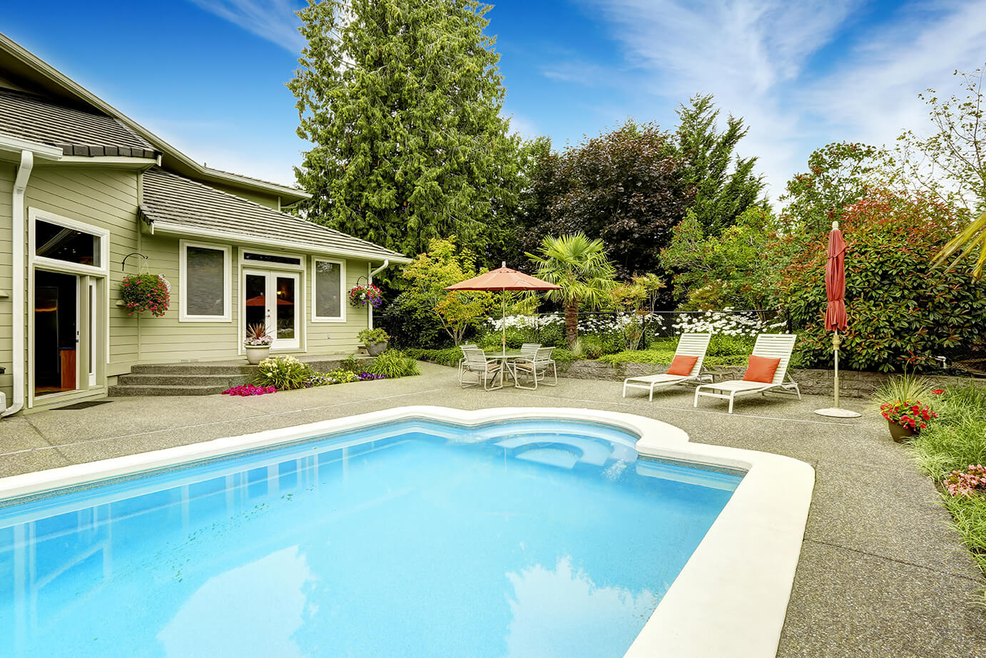 8 Things To Consider If You Re Considering A Pool Resurfacing