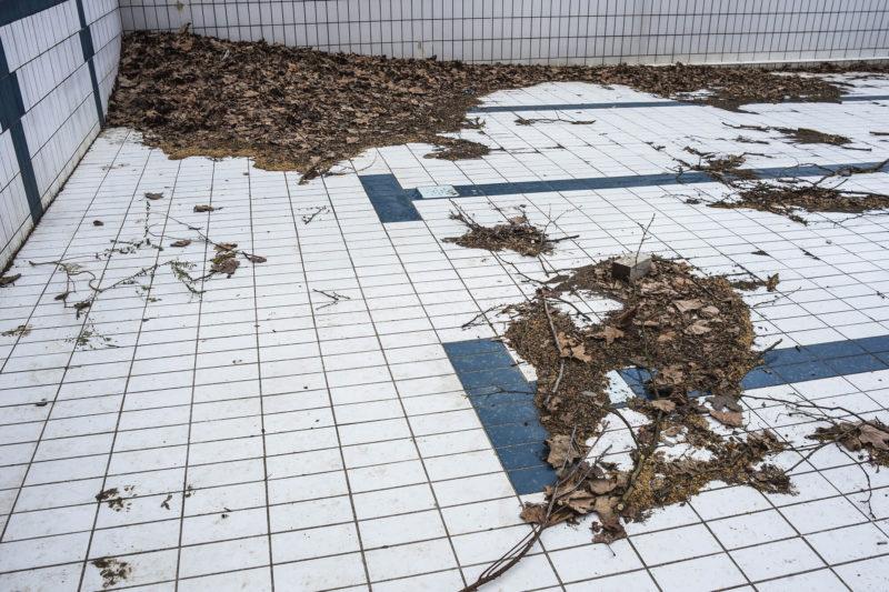 pool crack repair by Texas Fiberglass Pools Inc.