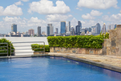 does a pool add value to a home