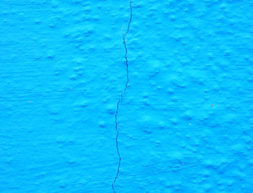 How Do Cracks Form in Your Swimming Pool?